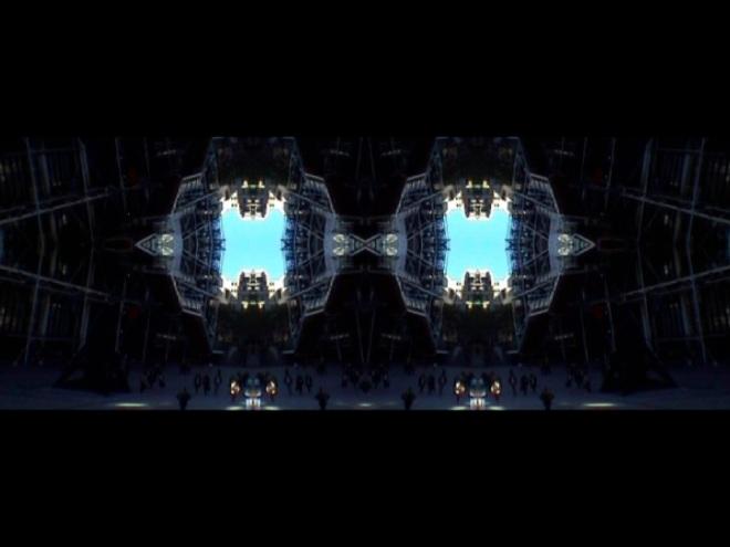 © Nicolas Carras : Transfiguration : Esplanade Pompidou 03